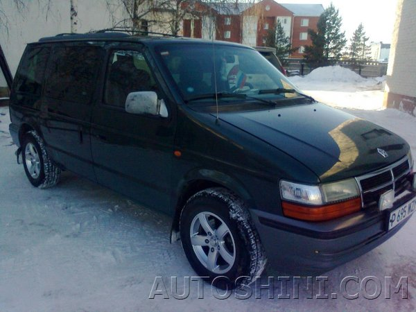 Chrysler Grand Voyager на дисках K&K Кармен