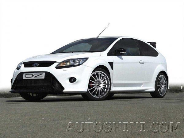 Ford Focus на дисках OZ Racing Superturismo GT