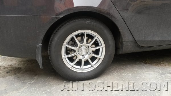Geely Emgrand на дисках Racing Wheels H-158